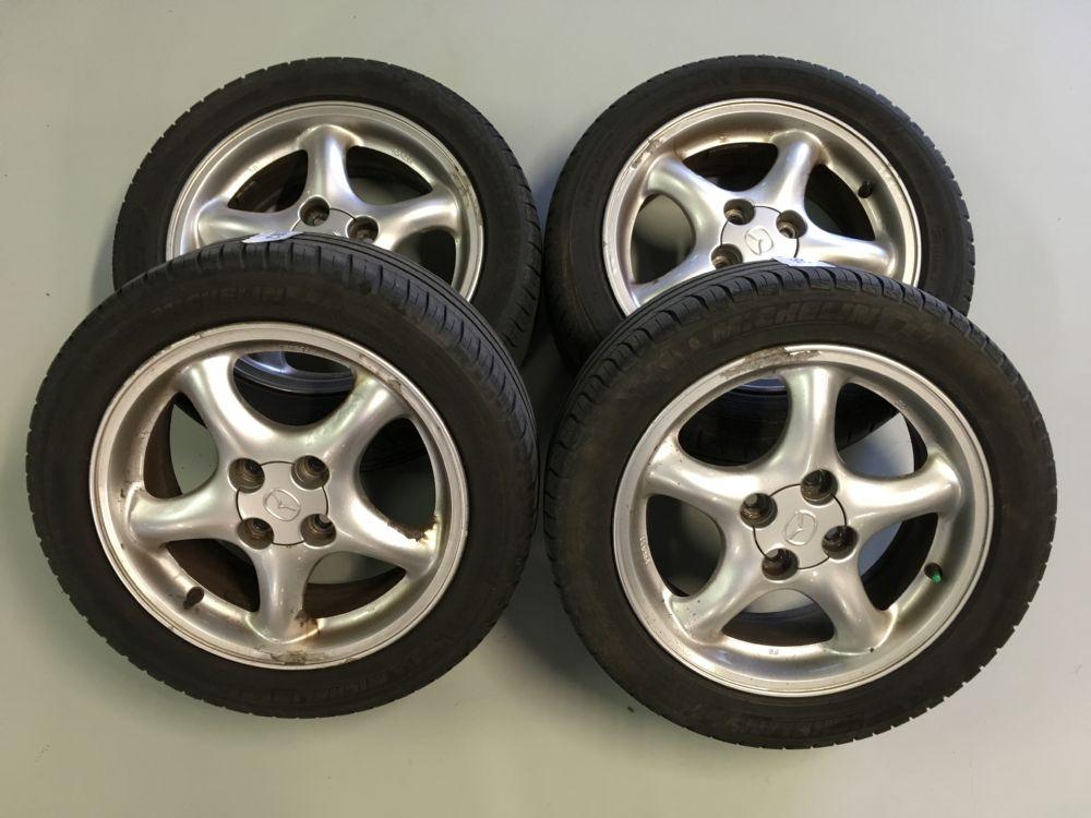 Mazda MX-5 velgenset Steek 4 x 100 met 195/50-15 Michelin Zomerbanden