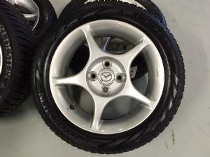 Mazda MX-5 velgenset Steek 4 x 100 met 195/50-15 Vredestein Winterbanden